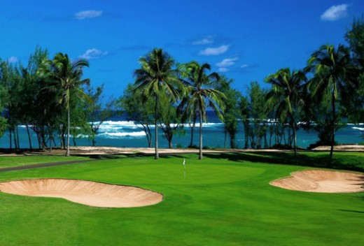 Over 40 golf courses to choose from on Oahu