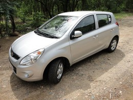 Hyundai i20 Sportz for visiting Kausani from Delhi