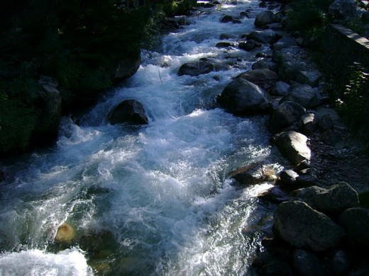 Pic of Kakori river in Harsil where you can have some beer and whiskey.