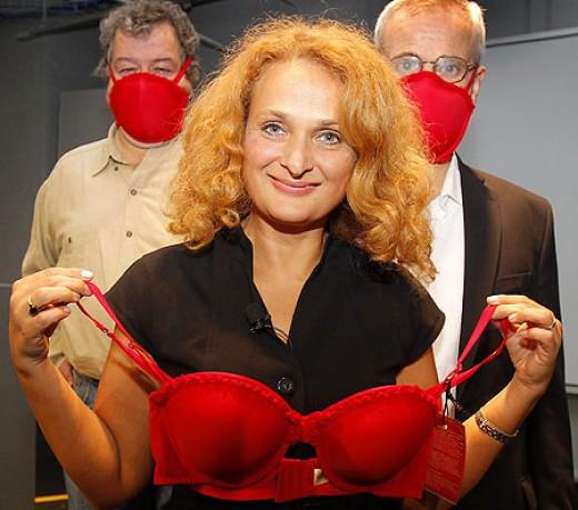 Dr. Elena Bodnar with Emergency Bra
