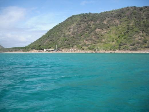 True Caribbean blue water.