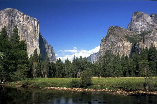 El Capitan where we went, is on the left.  The beauty is breathtaking!
