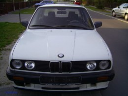 E30 BMW notice the grill and headlight placement.