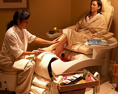 Pamper Yourself at the Four Seasons Luxury Spa