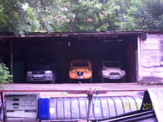 Vintage cars at Fools Nook plus old barges
