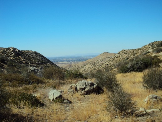 Two small, yet inviting, boulders on a hike in the San Bernardino Mountains.