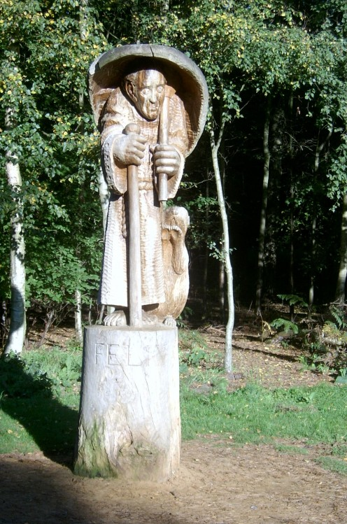 Felix and his beaver greet you at the start of the sculpture trail.