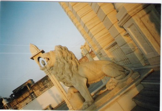 LIon near the front gate of jain temple Ladnu(ball in the mouth is rolling)