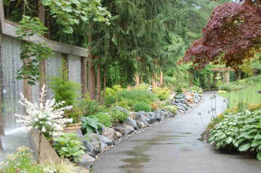 Photograph 4 : Using man-made structures in landscape design at Minter Gardens, British Columbia