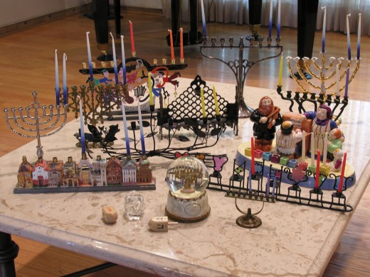 There are several different types of menorahs!