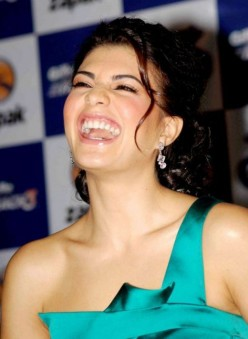 Bollywood Actress Jacqueline Fernandez News & Photo Gallery