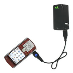 Charging a moblie using iGo Portable Moblie Charger