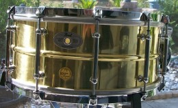 Sensitone Elite Snare Drums are available in 5 different shell materials.