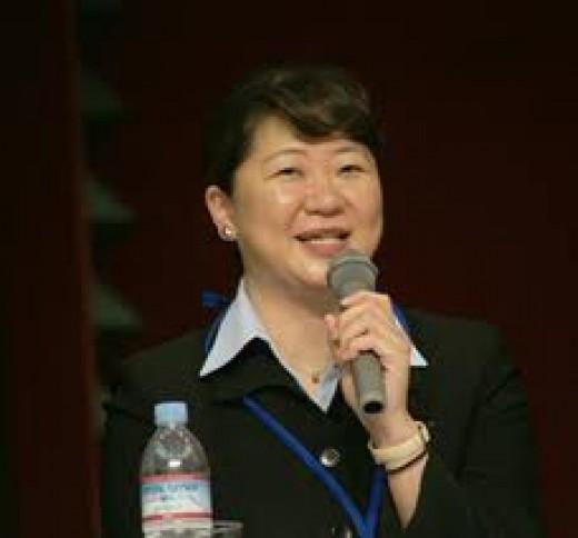 Mayumi Narita speaking at her lecture
