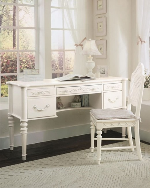 Isabella Vanity Computer Desk - very serene and clean look and feel