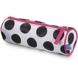 Pencil cases, pencil boxes and other pencil pouches to store and carry your artist pencils and pens.