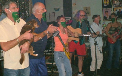 Bard of Ely plays Stand By Me at Flicks Bar, Tenerife