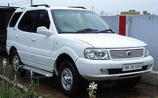 Tata Safari Dicor White SUV