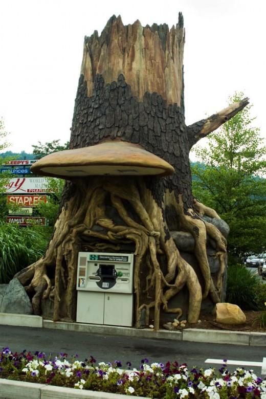 Tree ATM by earl 53