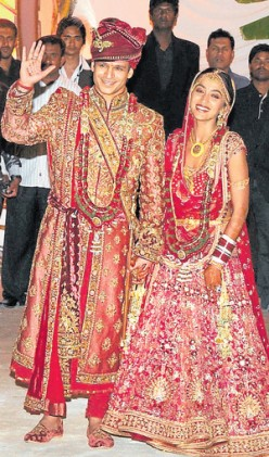 2010's Big Fat Indian Wedding-Bollywood's Vivek Oberoi Weds Bangalore's Priyanka Alva (Exclusive Pics and Videos)