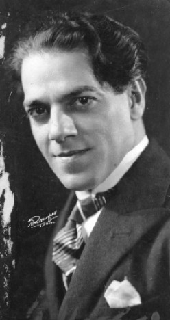 Heitor Villa-Lobos's 12 Etudes for Classical Guitar - Free Videos, Sheet Music and Tab