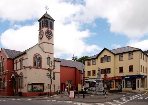 This building with clock tower holds a memorial plaque dedicated to native son Gearoid O'Sullivan for his bravery during the 1916 Easter Rising and subsequent leadership role during the War of Independence.