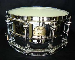 Pearl's Ian Paice Snare Drum carries with it one of the biggest sounds in all of drumming.