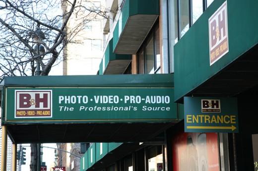 A pleasant sight indeed!  W.39th Street, NYC