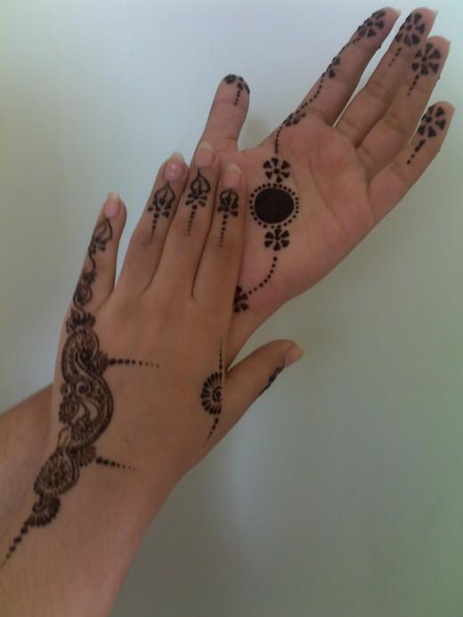 Motif henna simple