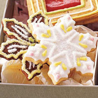 Snowflake decorated with Royal icing & sugar