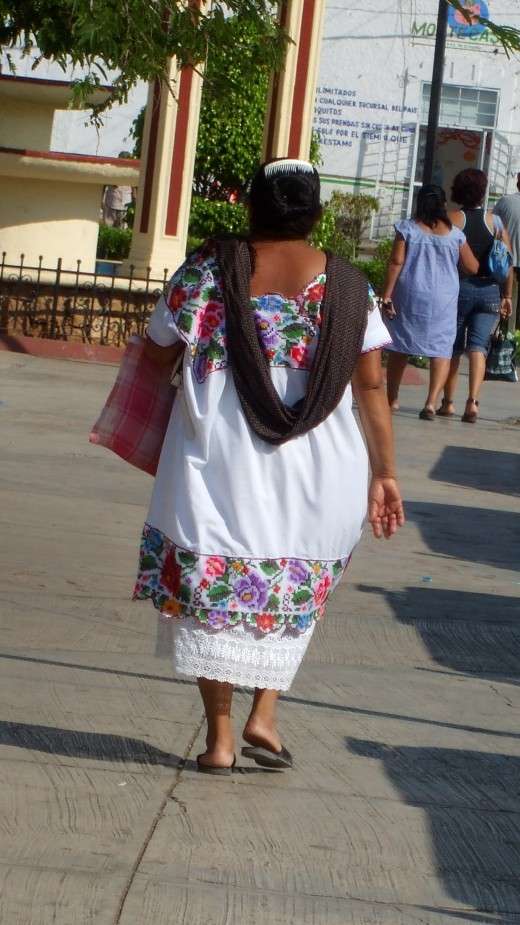 Maybe not every single abuela, but many Mayan woman do wear this as daily garb.