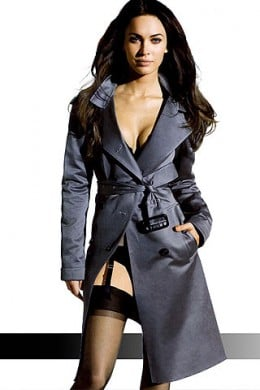 Modern Femme Fatale, Megan Fox shows how seductive a longer Trench can be