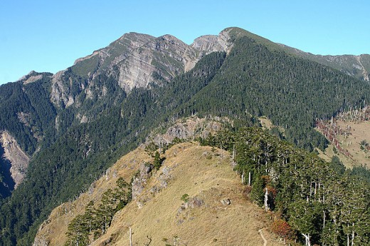 Hsuehshan (Snow Mountain).