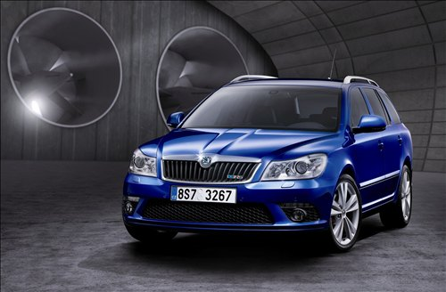 Dashing blue Skoda Octavia - 2011 brand new