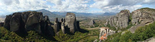 Panoramic view of Meteora in Greece (Photo taken by Wisniowy, 17Sept2008)