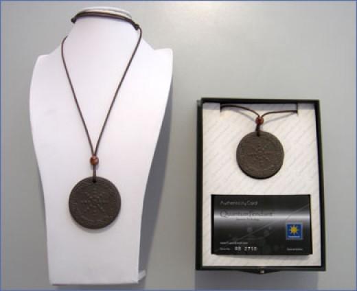 A Quantum pendant
