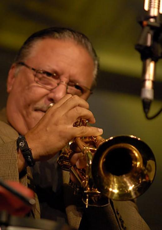 Arturo Sandoval in action.