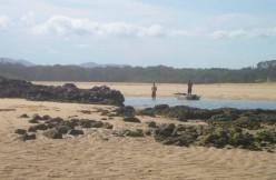 17. Australia Road Trip - Beyond Coffs Harbour - Blood Red Rock