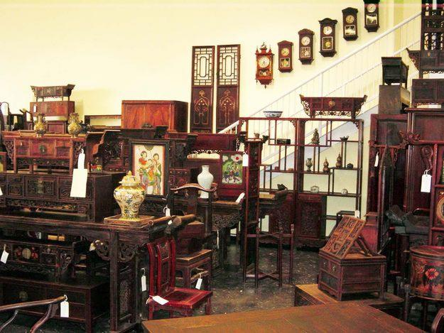 This high quality of construction standards is why antique Chinese furniture  has survived down through the ages to grace our homes today. - Chinese Antique Furniture - The Elegance And Sophistication