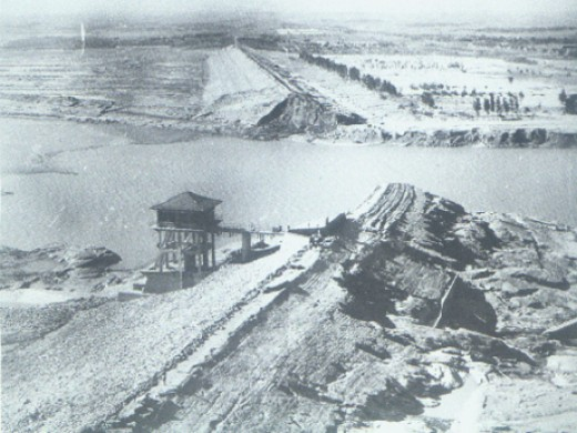 The Banqiao Dam after its failure.