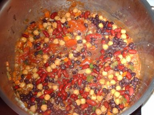 If your looking for a really good vegetarian chili then here is one of the best you will ever taste.