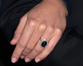 Kate sports Princess Diana's famous sapphire engagement ring!