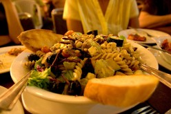Tips for Eating Healthy in Restaurants