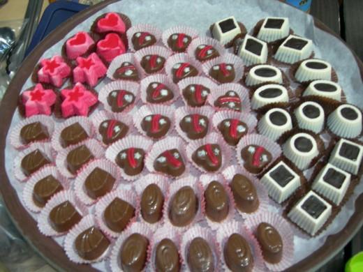 molded sugar-free dark chocolate candies