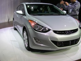 The 2011 Hyundai Elantra delivers 40+ Highway MPG with either a manual or automatic 6-speed transmission.  Fully equipped models feature front and rear heated seats