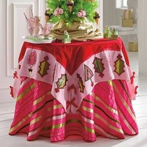 Get into a Christmasy mood with this cheery table decor, so pretty you can almost smell the peppermint!