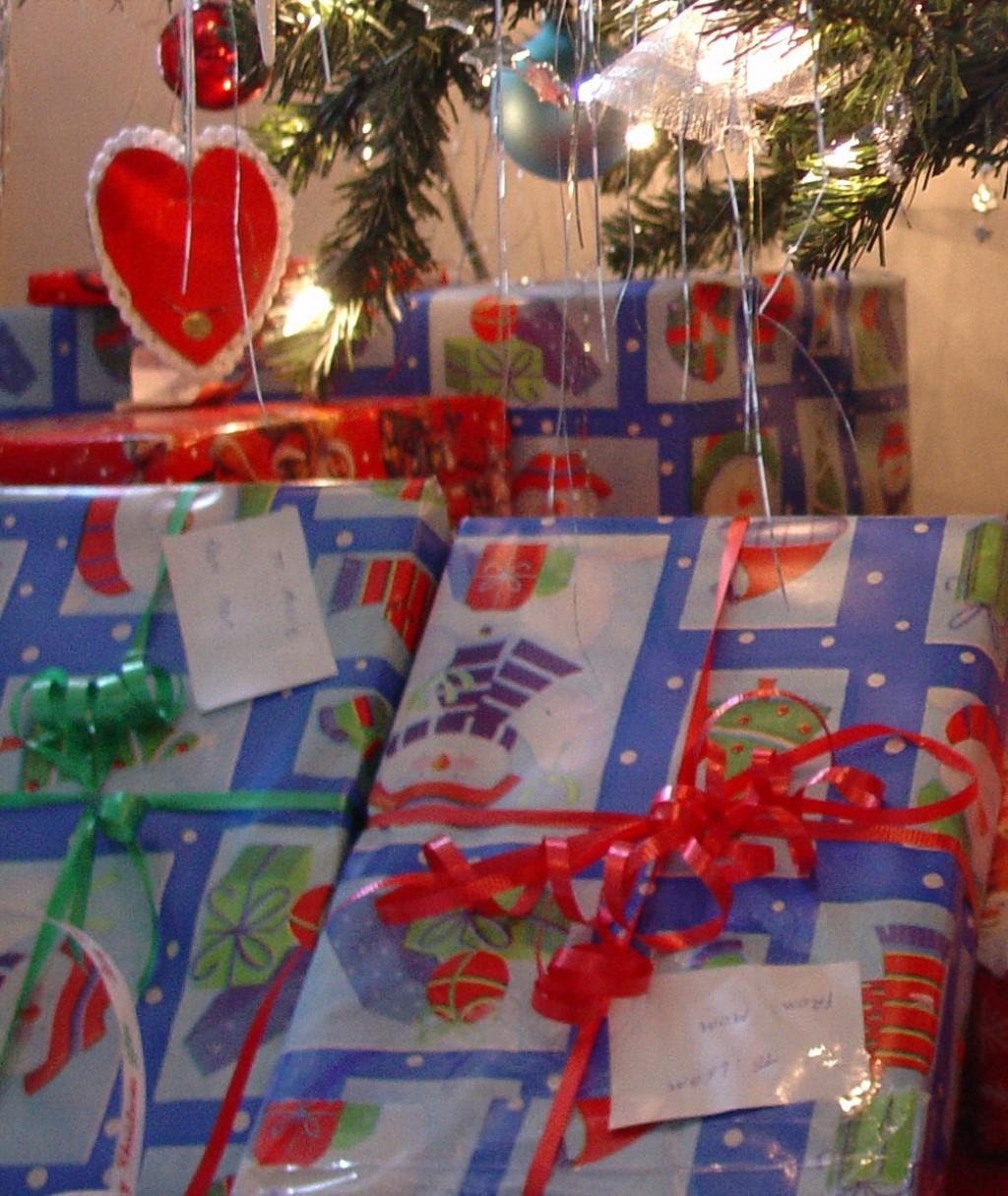 Christmas Gift Ideas For Teenage Girls: Christmas Gift Ideas For Teenage Girls