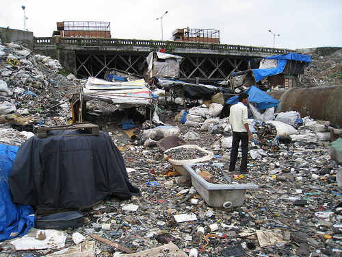 Improper disposal of waste-Dharavi