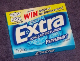 Sugar-free gum tastes and smells fresh. It also helps keep my mouth busy.