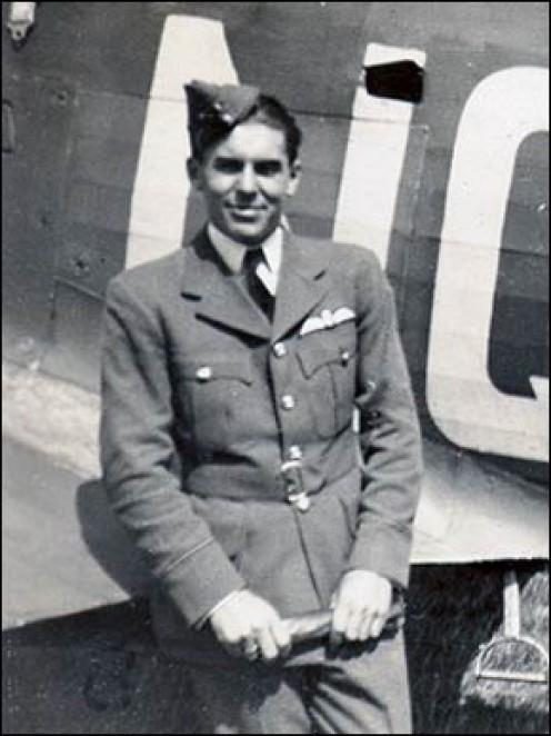 Squadron Leader Kenneth 'Hawkeye' Lee